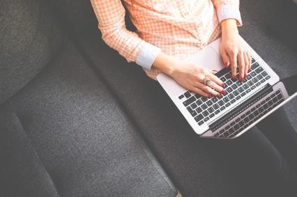 Zdjęcie główne #1425 - Prowadzenie bloga firmowego to nie tylko pisanie artykułów! Co jeszcze musisz robić?